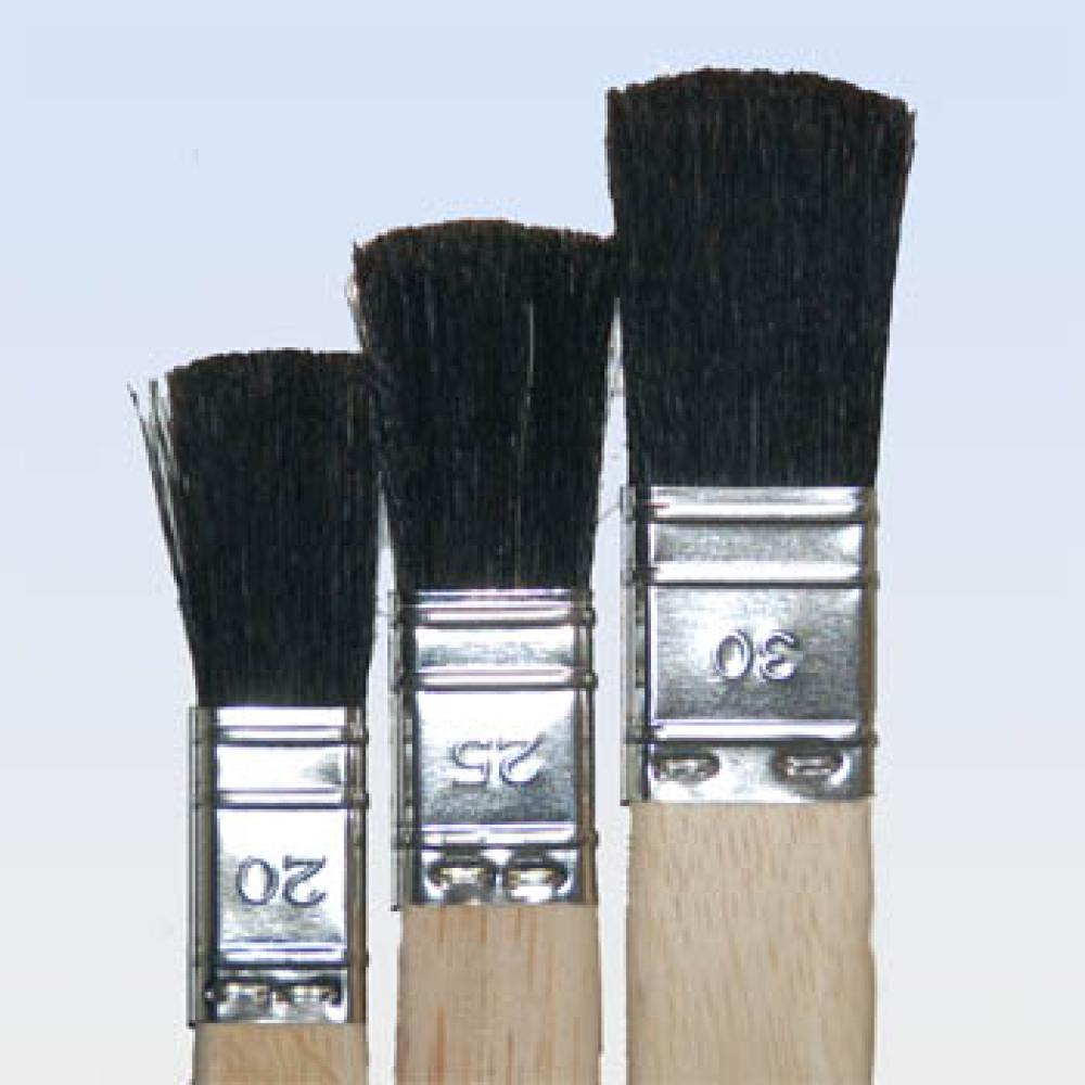 Flat Brush With Wooden Grip 20-30 mm